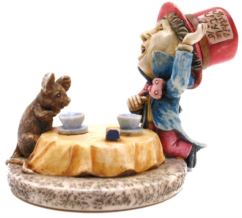 Alice Figurine - Mad Hatter and Dormouse